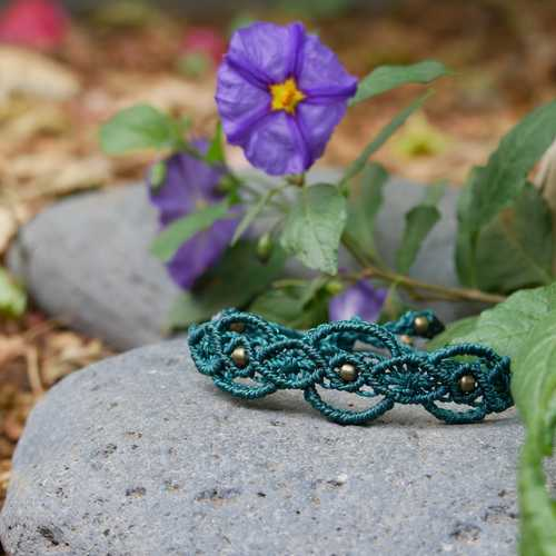 Makramee Anleitung: Armband mit Perlen Orientalisch